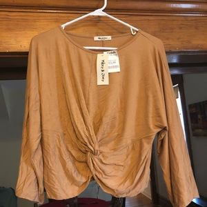 NWT Gold cropped shirt
